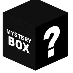 Mystery box (box contains at least 4 items)